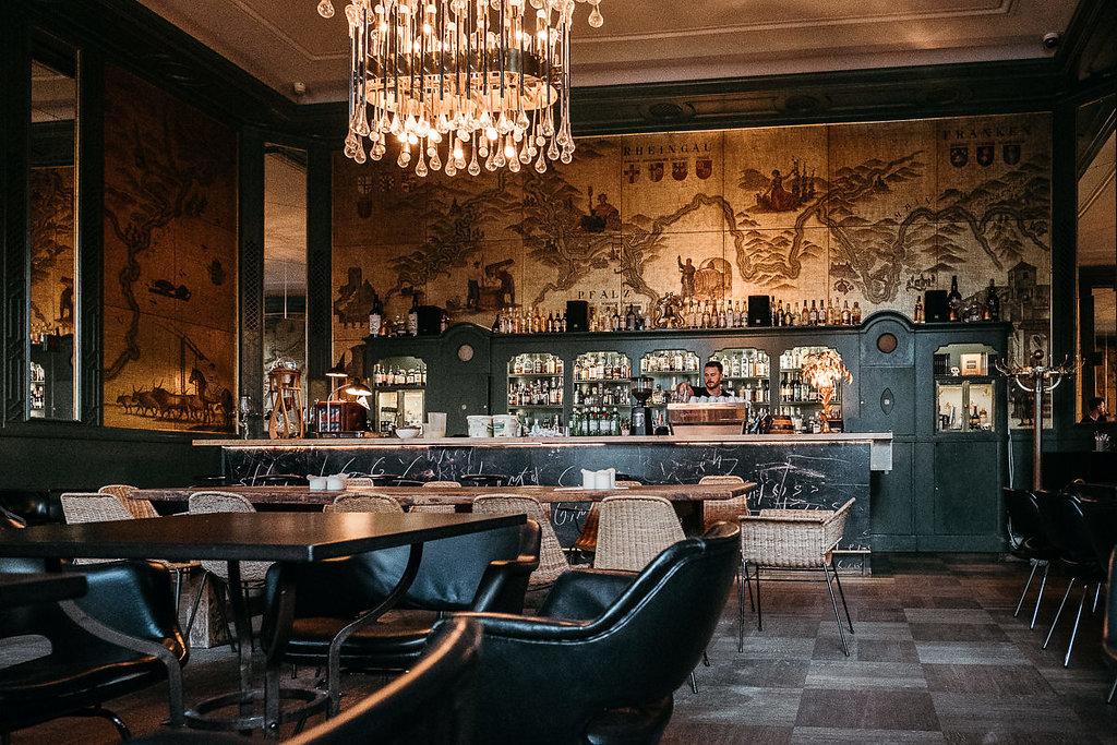 julia george hochzeit in st anna goldene bar isarweiss. Black Bedroom Furniture Sets. Home Design Ideas